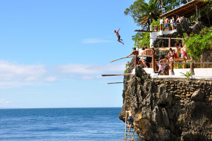 Ariel Point - Điểm nhảy Clift Jumping [Ảnh: Nguồn Ariel Point.com]