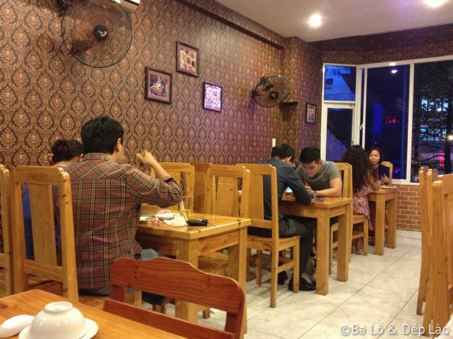Không gian tại Nhà hàng Thái Ngò Rí