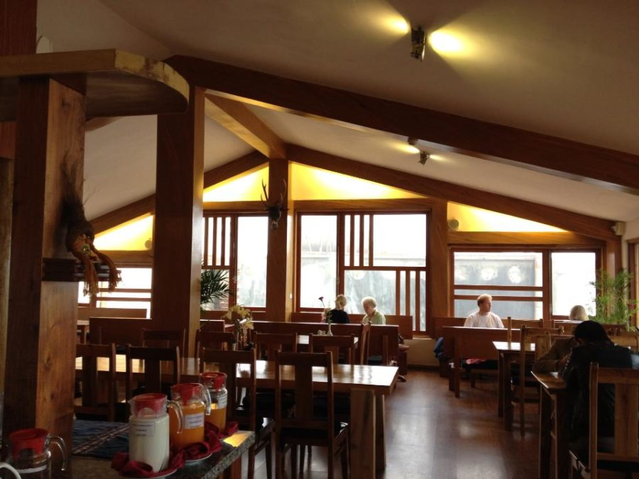 Nhà hàng nơi mình dùng bữa sáng rất ấm cúng