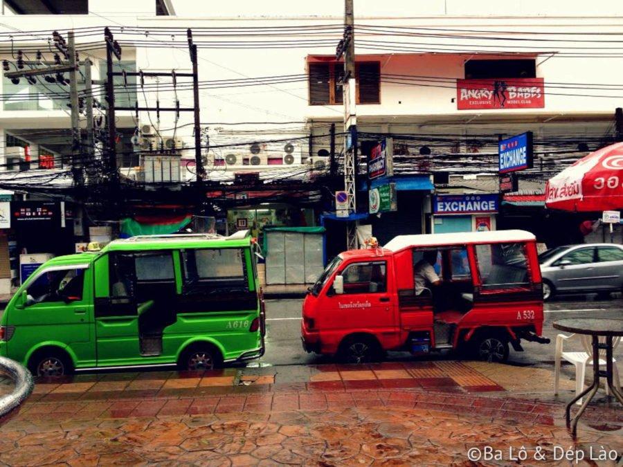 Tuk Tuk đủ màu tại Thái Lan
