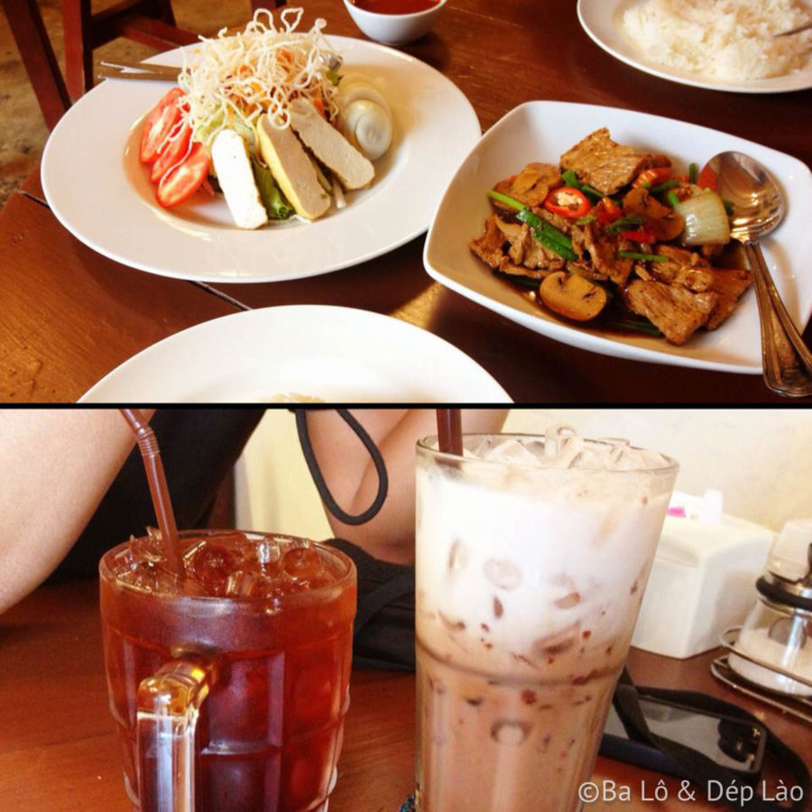 Bữa ăn tại một nhà truyền thống gốc Hoa tại khu phố cổ Phuket
