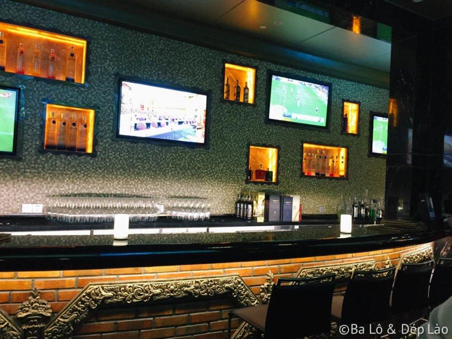 The Long Bar - BLDL - 08