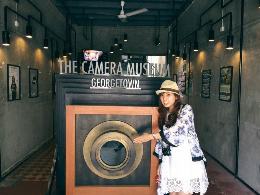 Camera Museum còn có cả một studio cực chất dành cho các bạn trẻ muốn ghi lại những shot hình đọc đáo. Oh yeah!