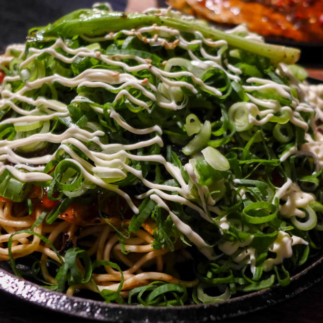[Ẩm thực Hiroshima] Bánh xèo Okonomiyaki phong cách Anime nổi tiếng nhất Hiroshima